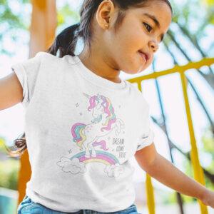 tricouri de colorat