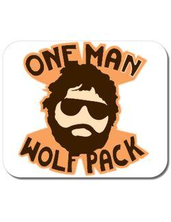 Mousepad personalizat One man wolf pack Alb