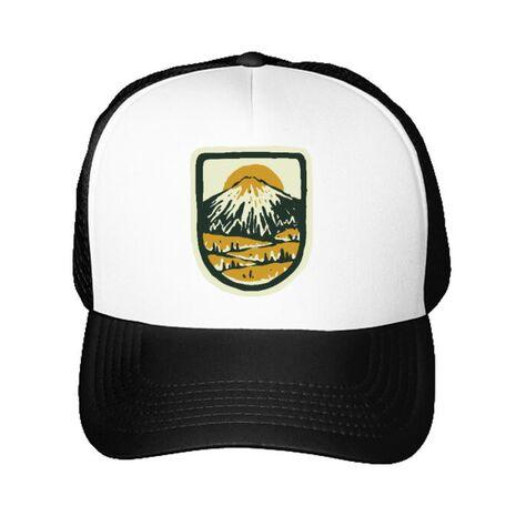 Sapca personalizata Hand drawn mountains Alb