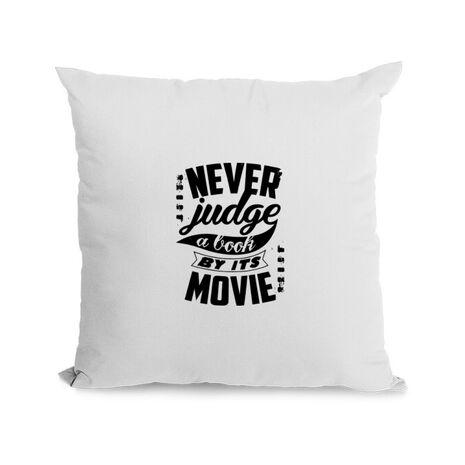 Perna personalizata Never judge a book Alb